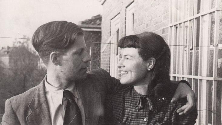 Helmut Schmidt und Loki 1948