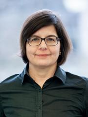 Carmen Tschirkov