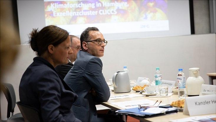 Außenminister Heiko Maas besucht das Exzellenzcluster für Klimaforschung der Universität Hamburg.