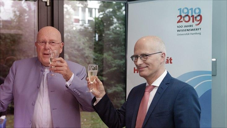Prof. Dr. Dr. h.c. Dieter Lenzen und Dr. Peter Tschentscher