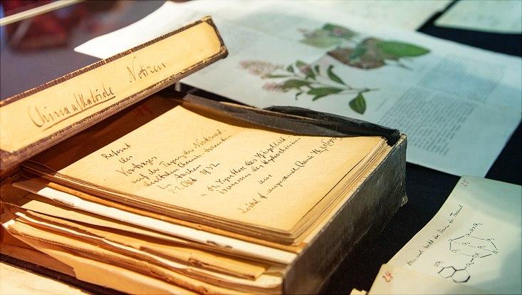 Ausstellung Wissen in Kisten an der Stabi