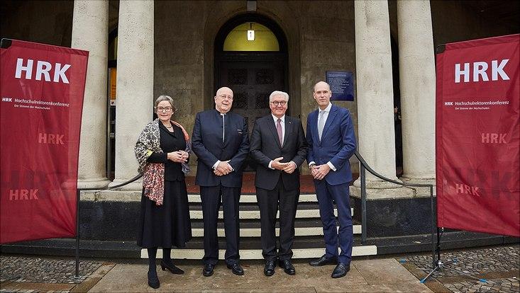 HRK Gruppenbild mit Bundespräsident Steinmeier