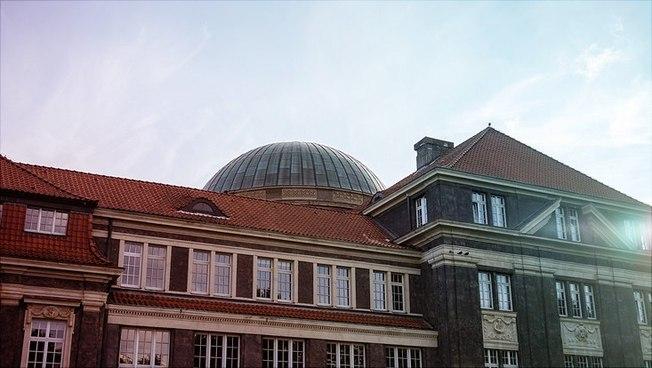Das Hauptgebäude der Universität Hamburg