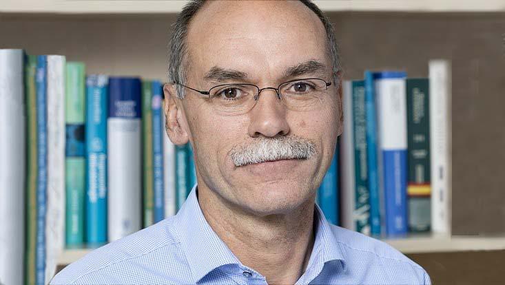 Portrait Prof. Wolfgang Streit