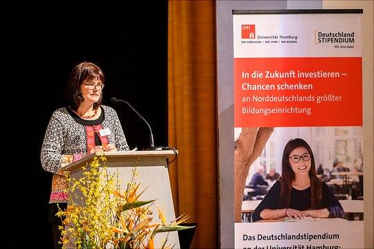 Frau Dr. Andrea Schultze, Leiterin der Geschäftstelle Deutschlandstipendien