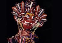 "Ritueller Tanz mit Teufelsmaske ""Naga raksha"", Sri Lanka"