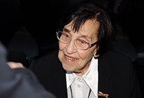 Prof. Dr. Miriam Gillis-Carlebach