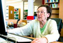 Das Kontaktstudium für ältere Erwachsene ist ohne Abitur möglich