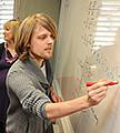 Student schreibt, © UHH/ClimaCampus/Aussenhofer