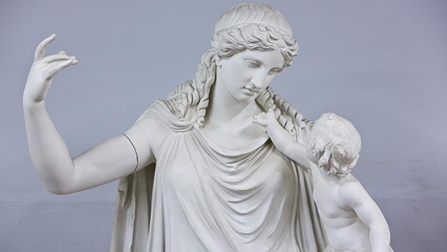 Gipsabgüsse von antiken Statuen