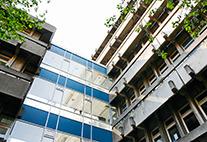 Gebäude Sedanstraße 19