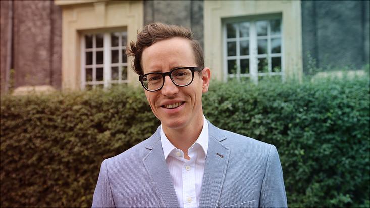 Porträt von Dr. Maurice Saß