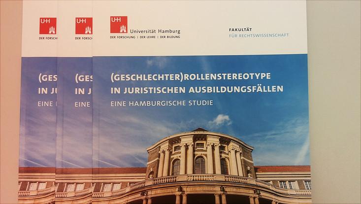 """Studie """"(Geschlechter)Rollenstereotype in juristischen Ausbildungsfällen"""" erschienen"""