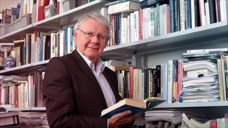 Prof. Dr. Götz Neuneck