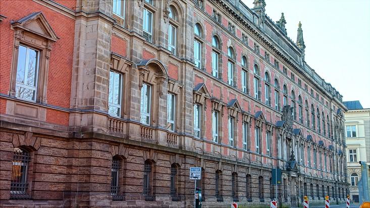 Die Universität Hamburg bezieht Gebäude am Gorch-Fock-Wall