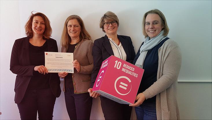 """Die Preisträgerinnen des Wettbewerbes """"Nachhaltigkeit ist..."""""""