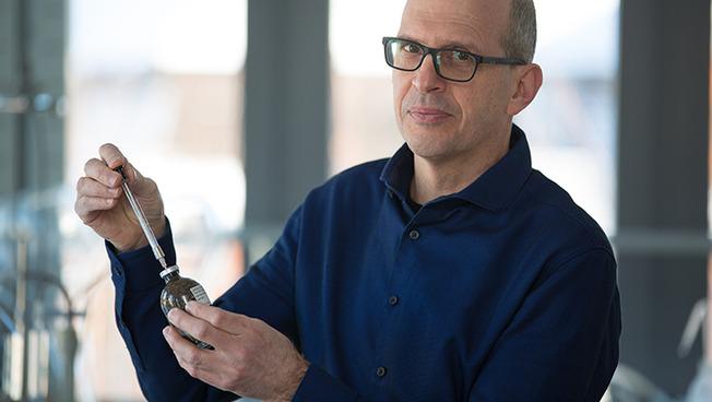 Dr. Christian Knoblauch