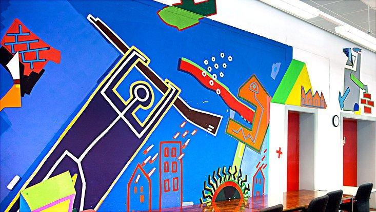 Wandgemälde im Allende-Platz 1