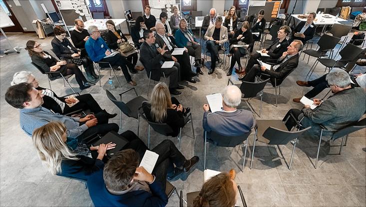 Fishbowl-Diskussion mit dem Fachbeirat von HOCH-N