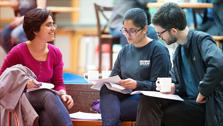 Studierende im Geomatikum