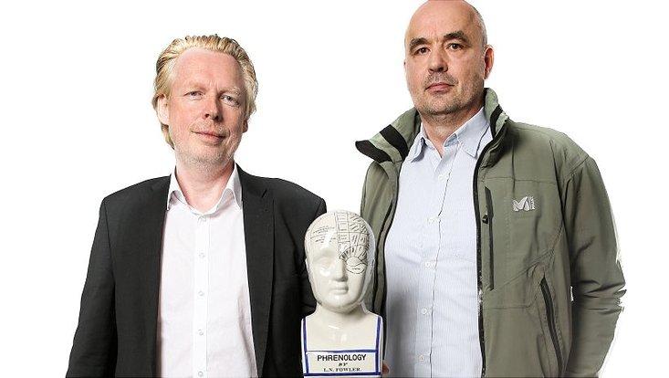 Der Leiter der Klinik für Psychiatrie und Psychotherapie am UKE, Prof. Jürgen Gallinat (l.), und der Philosophieprofessor Dr. Claus Langbehn.