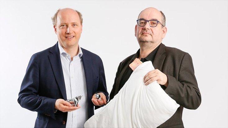 Der Soziologe Professor Dr. Jürgen Beyer und der Wirtschaftswissenschaftler Professor Dr. Wolfgang Drobetz