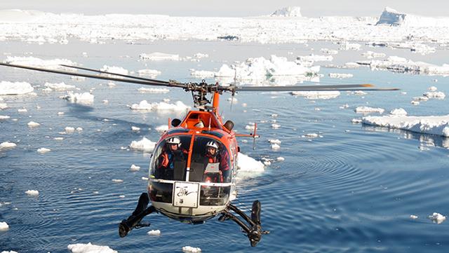 Helikopterarbeit Antarktis Helena Herr