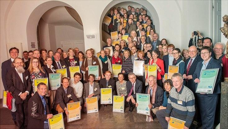 Gruppenbild der ausgezeichneten Initiativen