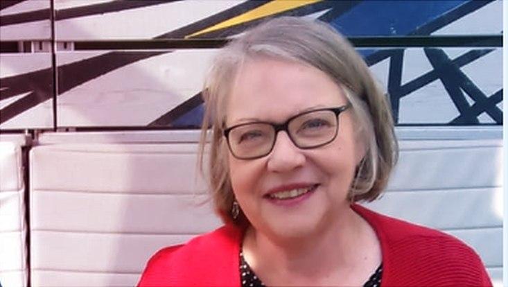 Ein Profilfoto von Nicola Ebers.