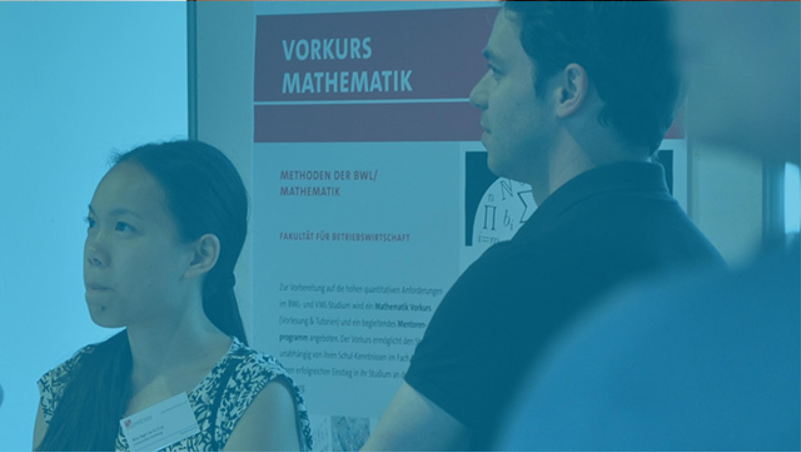 Kursleiter der Mathevorkurse Nha-Nghi de la Cruz und Dr. Arne Johannssen