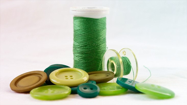 Nähzubehör in grüner Farbe