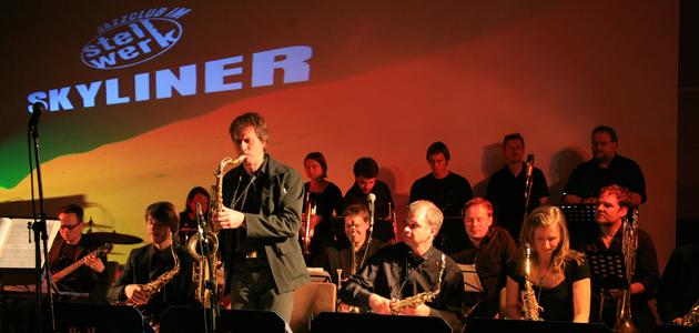 Die Big Band im Skyliner Stellwerk