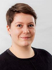 Porträtbild von Anna-Sophie Schubert