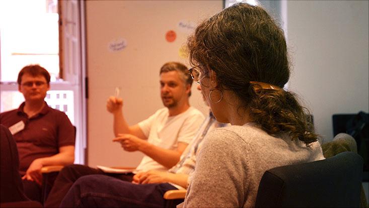 Das Bild zeigt Teinehmende eines Fellow Workshops des Universitätskollegs an der Universität Hamburg